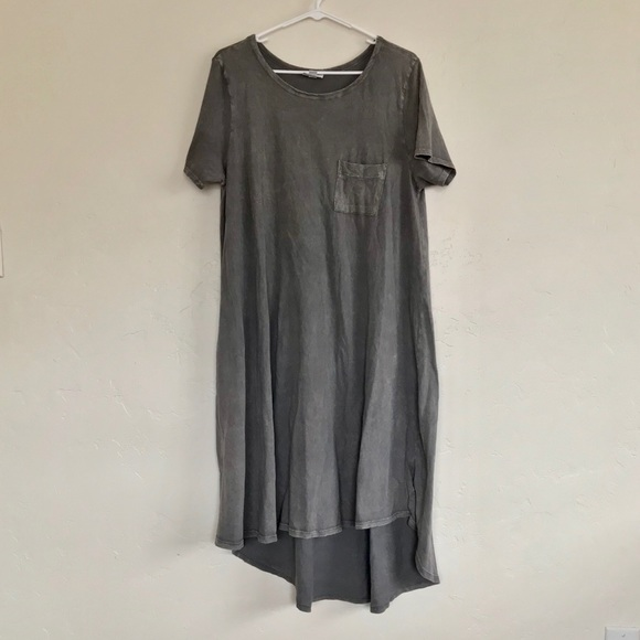 53c86fcfe21 LuLaRoe Dresses   Skirts - LuLaRoe Distressed Gray Carly Tee Shirt Dress L